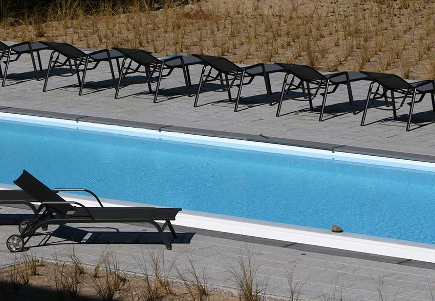 ... Chairs And Do Your Lengths In The 24 X 4 M Large Outdoor Pool At The  SPA. The Water Is Heated To 24 ° C U2013 Perfect To Refresh Yourself After  Sunbathing.